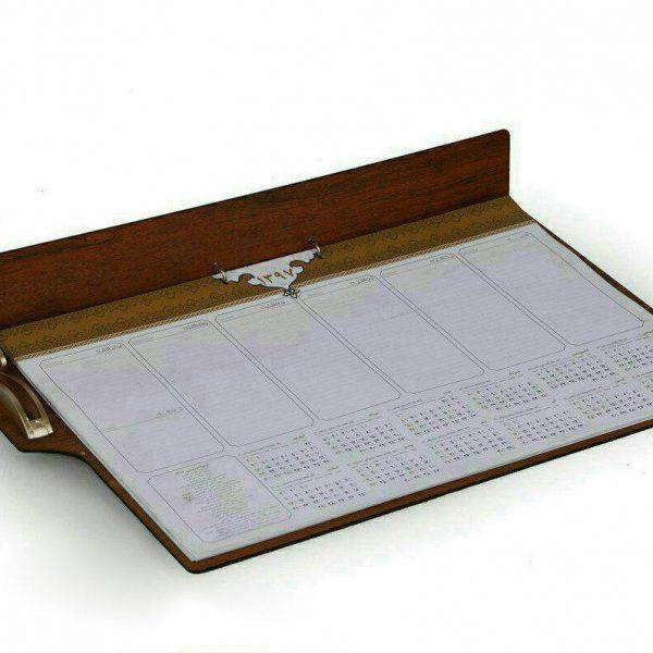 تقویم زیردستی با کاغذ گلاسه
