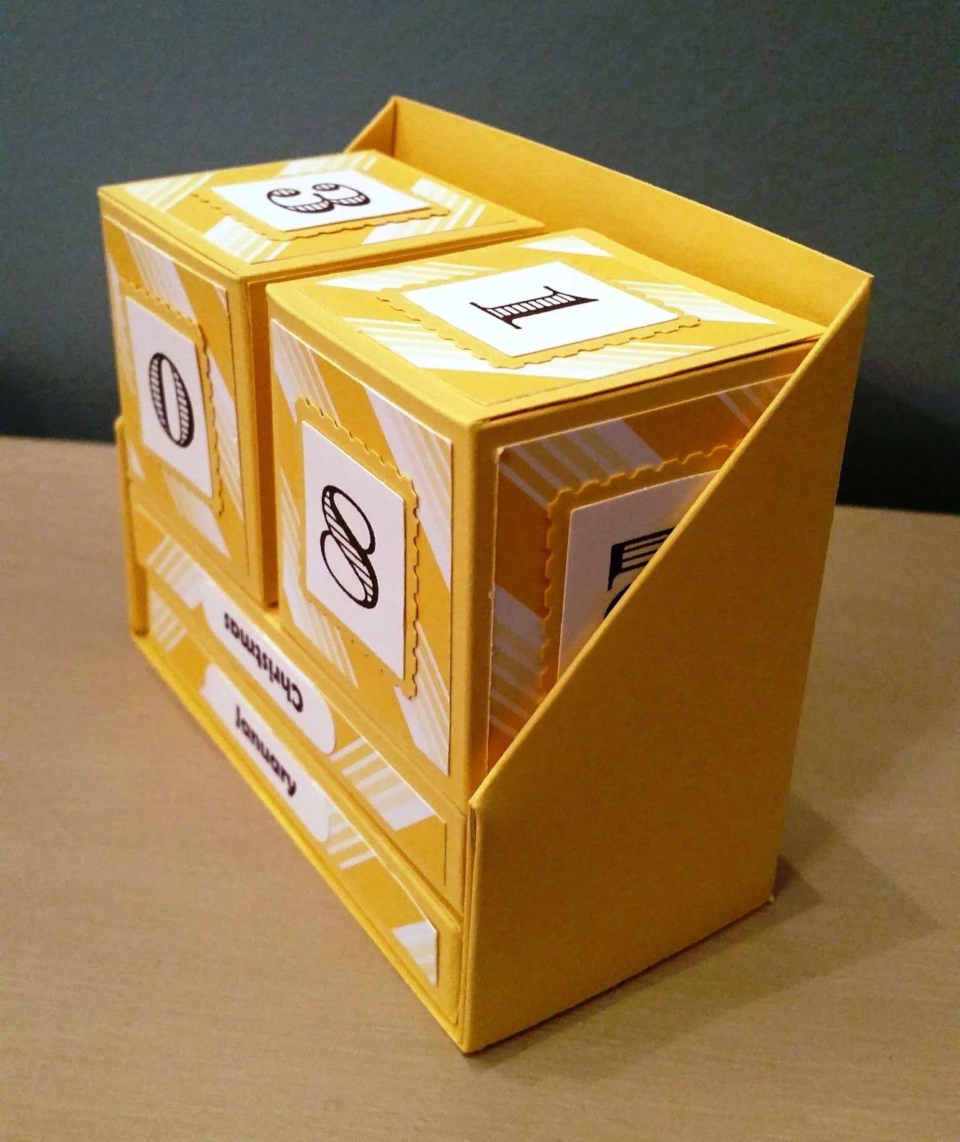 تقویم رومیزی با جعبه اختصاصی