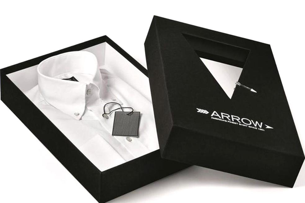 طراحی و چاپ جعبه لباس